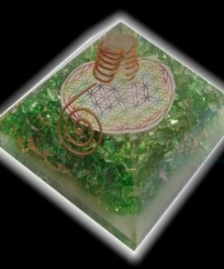 High Quality Orgone Green Onyx Pyramid With Flower Of Life Symbol and Clear Crystal Point Wholesale Supplier